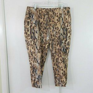 CHICOS SO SLIMMING pants ankle snake reptile 3